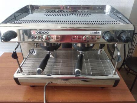 Профессиональная кофемашина  Casadio Undici